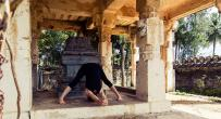 Ashtanga Yoga Primary Series Led Sanskrit Class retreat in Cabries - photo 5