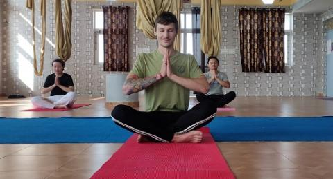 Aerial Yoga One Week Yoga Training With Yacep Certificate Yoga Alliance Yoga Course In Rishikesh On 2020 04 23 08 00