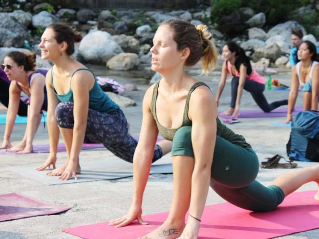 200 HOUR YOGA TEACHER TRAINING IN RISHIKESH, INDIA – APRIL 2016